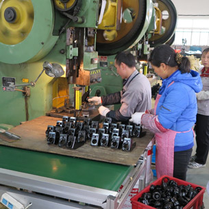 Series production of wheels and castors